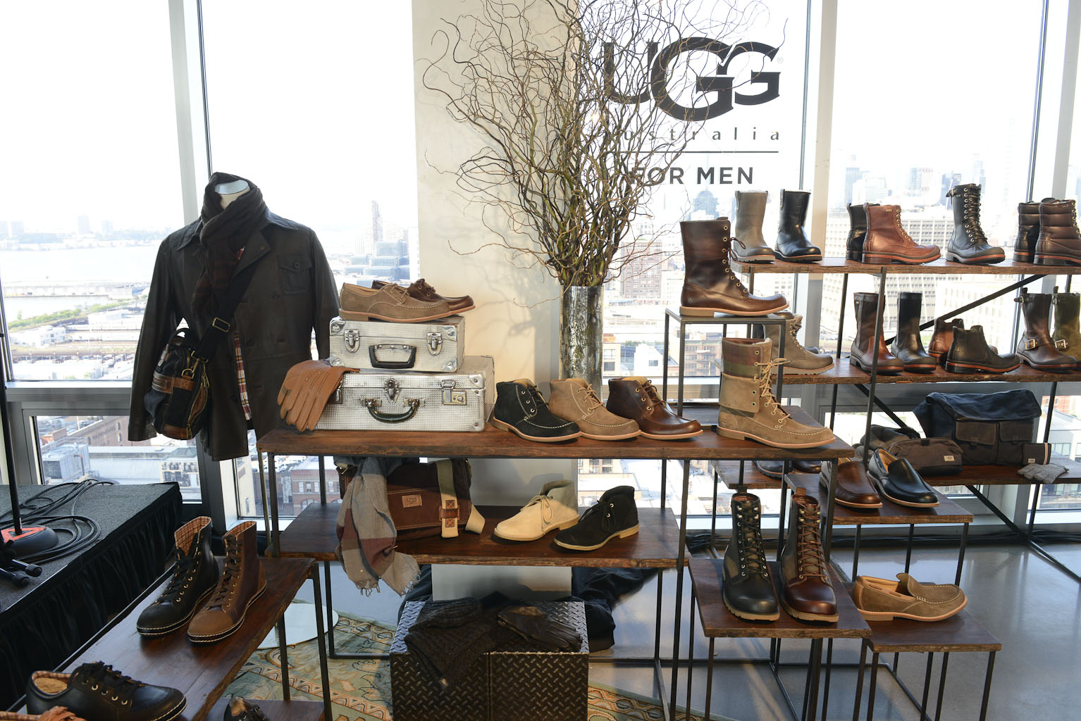 16d9f4675fe50 BRAND NEW AND BEAUTIFUL  UGG COLLECTION FOR MENEssential Homme Magazine