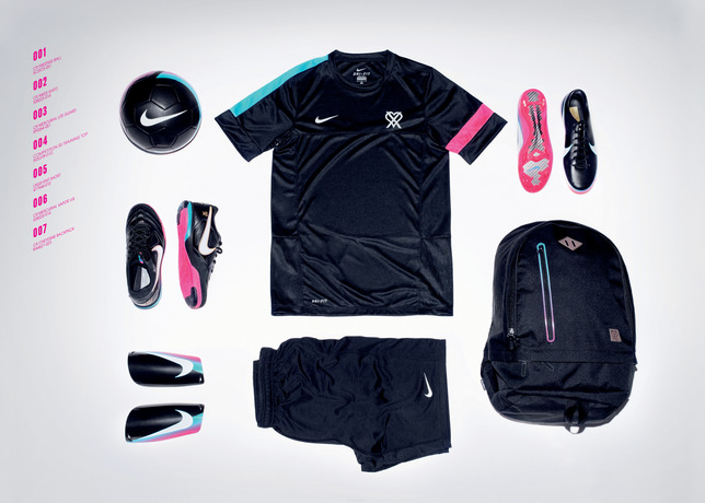 Nike_Soccer_CR7_Lookbook_11_large