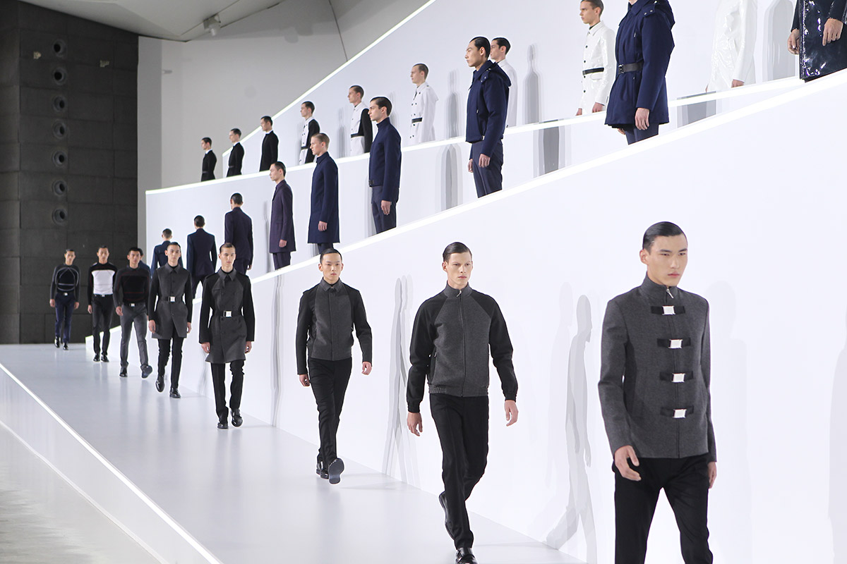 Dior Homme Beijing Fall 2013 Winter Models runway presentation CAFA museum kris van assche tuxedo best men's looks