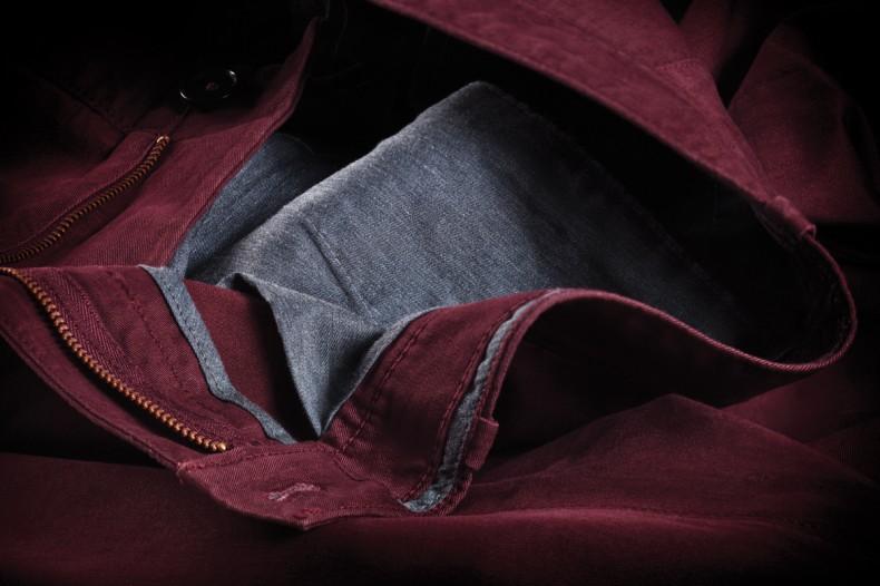 penguin_p55_details_vintage_merlot_chino_inside_pocket