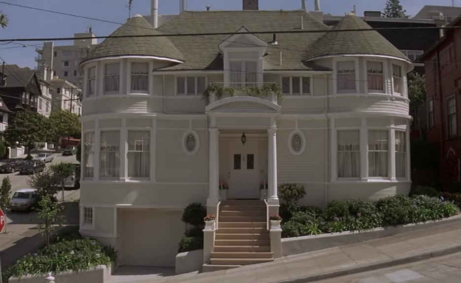 Mrs.-Doubtfire-house-wide-shot