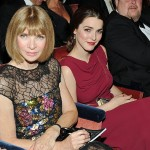 Proof That Anna Wintour Removed Her Sunglasses at The Tonys