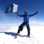 13_Ali Durani at K2 summit ph Lunger