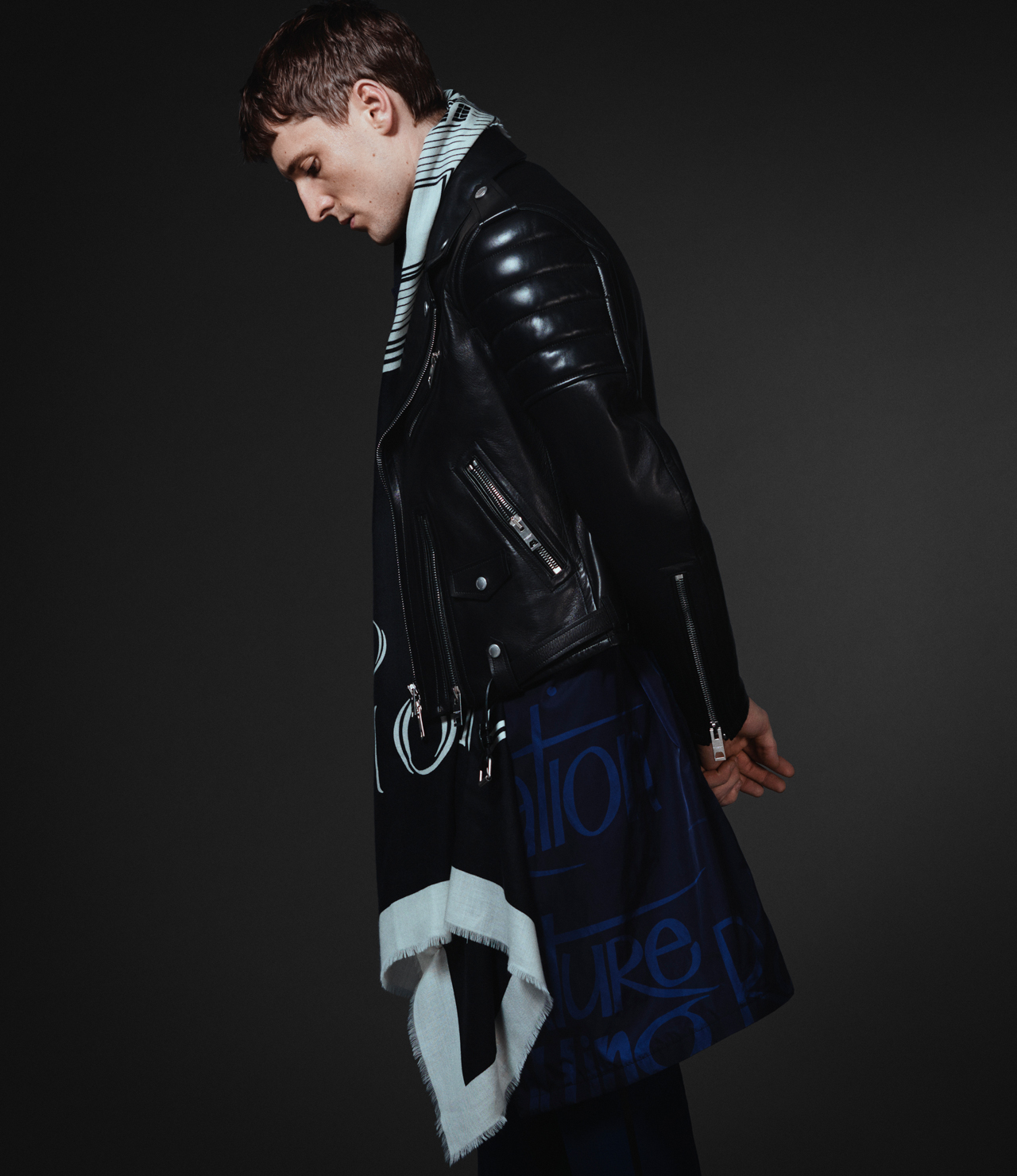 Burberry xo Barneys New York - Look 8