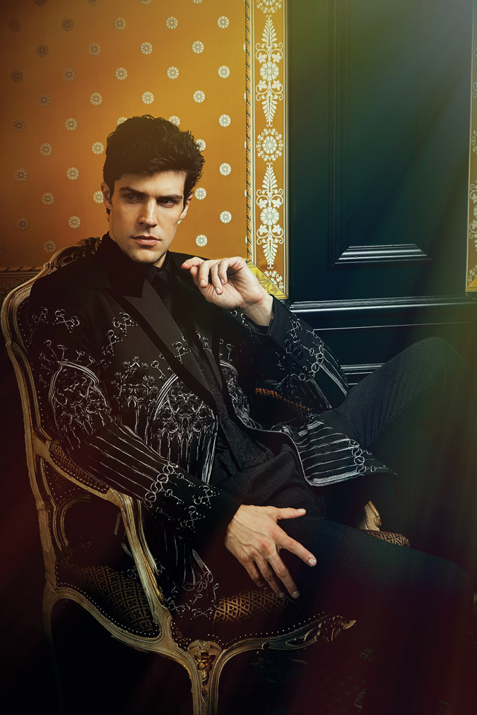 Roberto Bolle ESSENTIAL HOMME June/July 2014