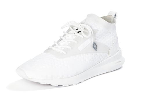 5314e0c690a8 Marcelo Burlon x Reebok Reveal New SneakerEssential Homme Magazine