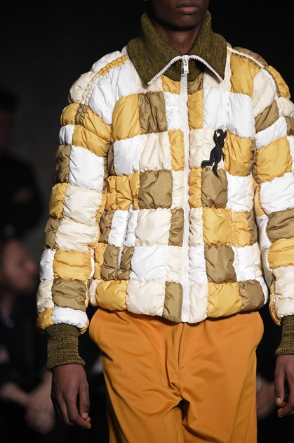MILAN, ITALY - JANUARY 13: A model, detail, walks the runway at the Marni show during Milan Men's Fashion Week Fall/Winter 2018/19 on January 13, 2018 in Milan, Italy. (Photo by Pietro D'Aprano/Getty Images for Marni)