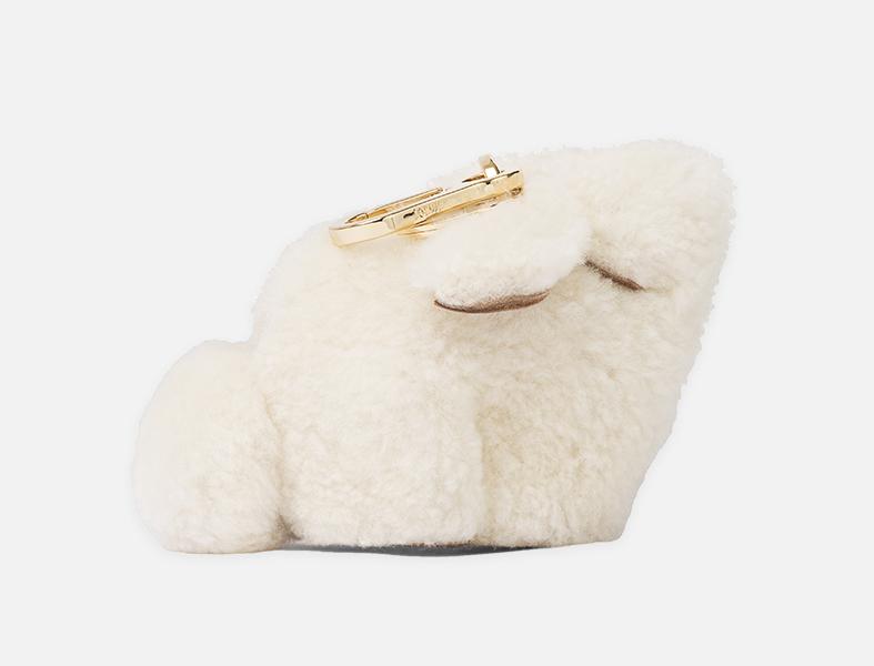 2. Loewe bunny bag