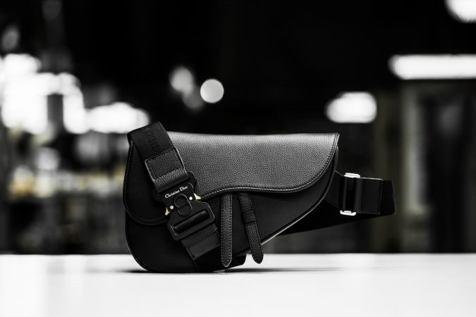 DIOR_SUMMER2019_MEN'S_COLLECTION_SAVOIR-FAIRE_SADDLE_BAG_2