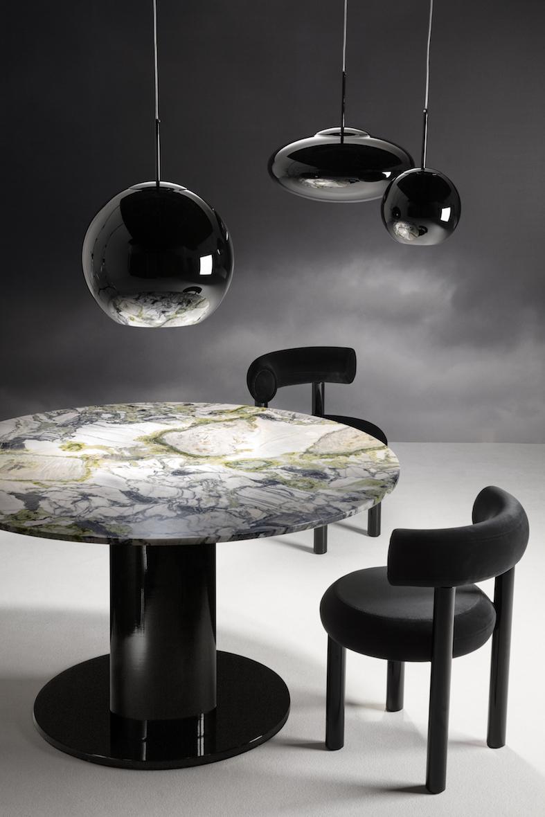 TD_Milan2019_1488_Black_Table