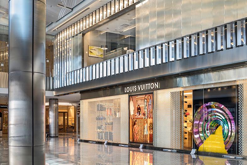 Louis-Vuitton-
