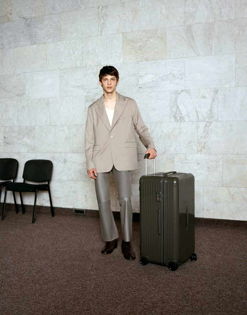 rimowa essential collection grey luggage