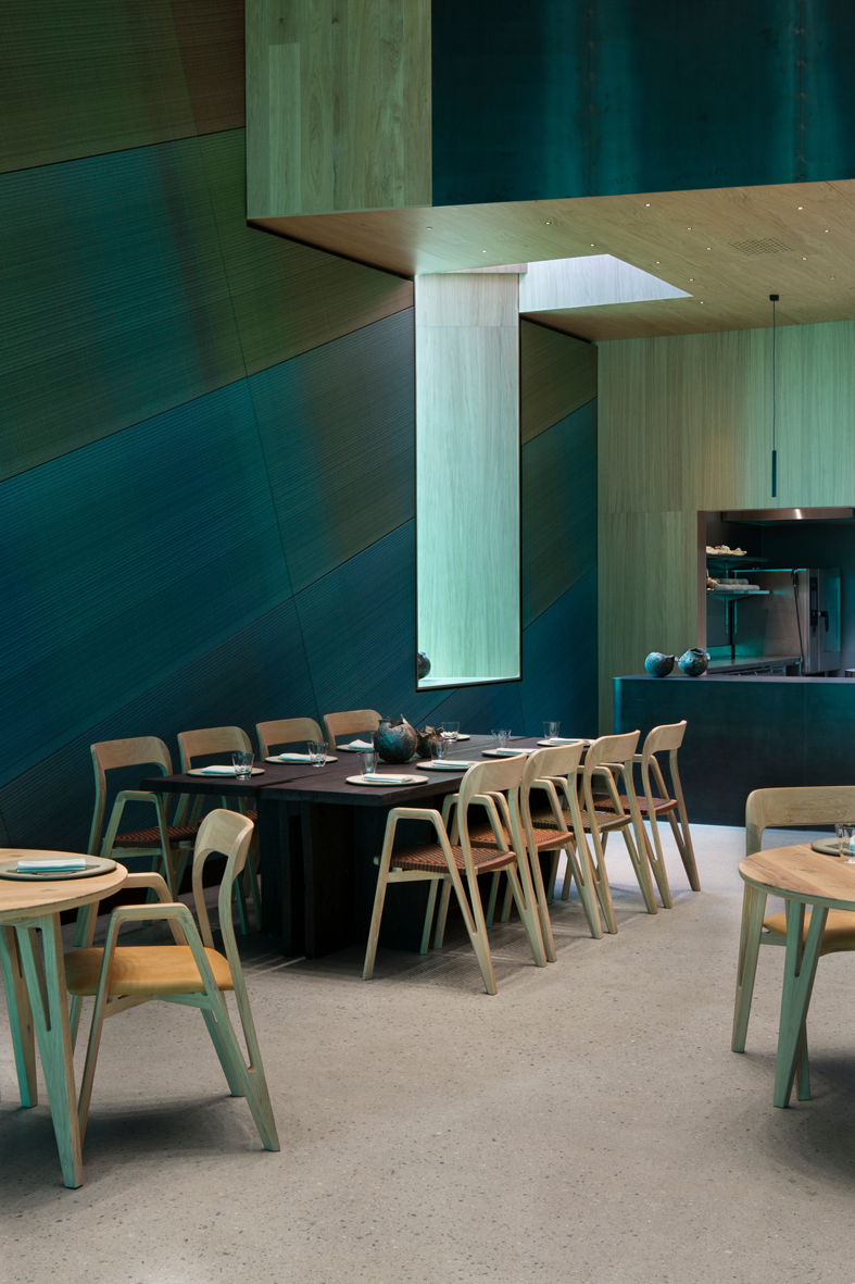 under-restaurant-2