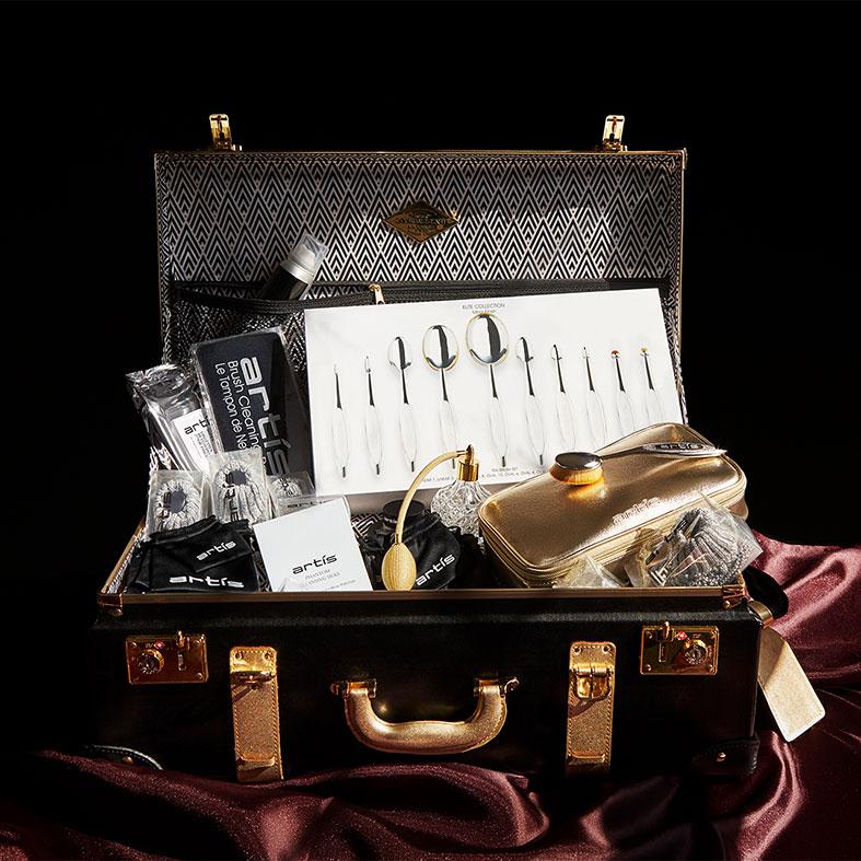 Artis x Steamline Luggage